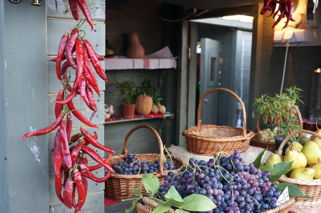 local-market-in-bucharest